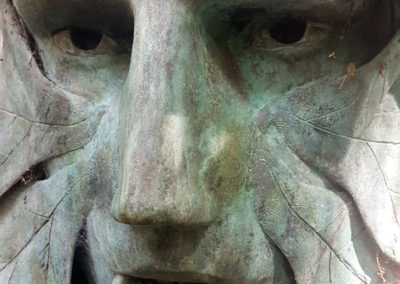 Antony-Gardens-Face-Sculpture